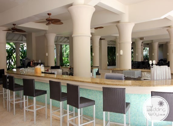 Bar - Sandals Barbados at St. Lawrence Gap - Barbados wedding venue