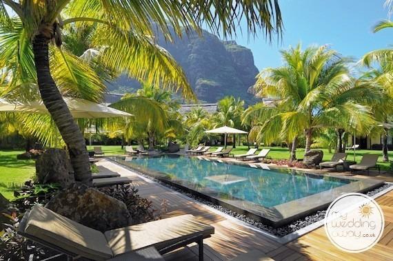 mauritius weddings on the beach dinarobin hotel spa