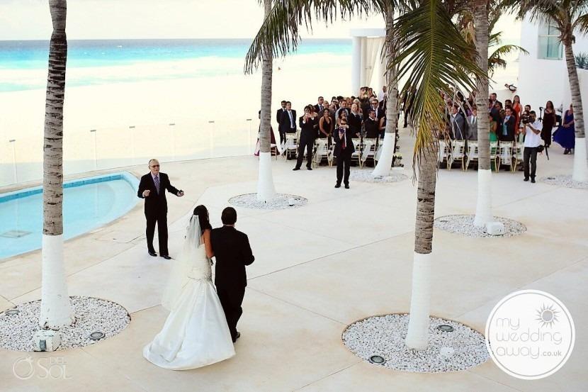 Del Sol photography of bride in Mexico Gazebo wedding