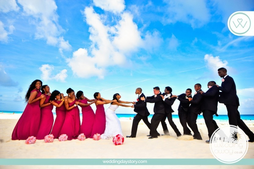My Wedding Away- Liz Moore Blogger loves this bridal party on the beach