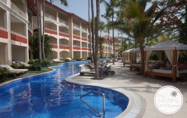 Majestic Colonial Punta Cana Swim out Suites