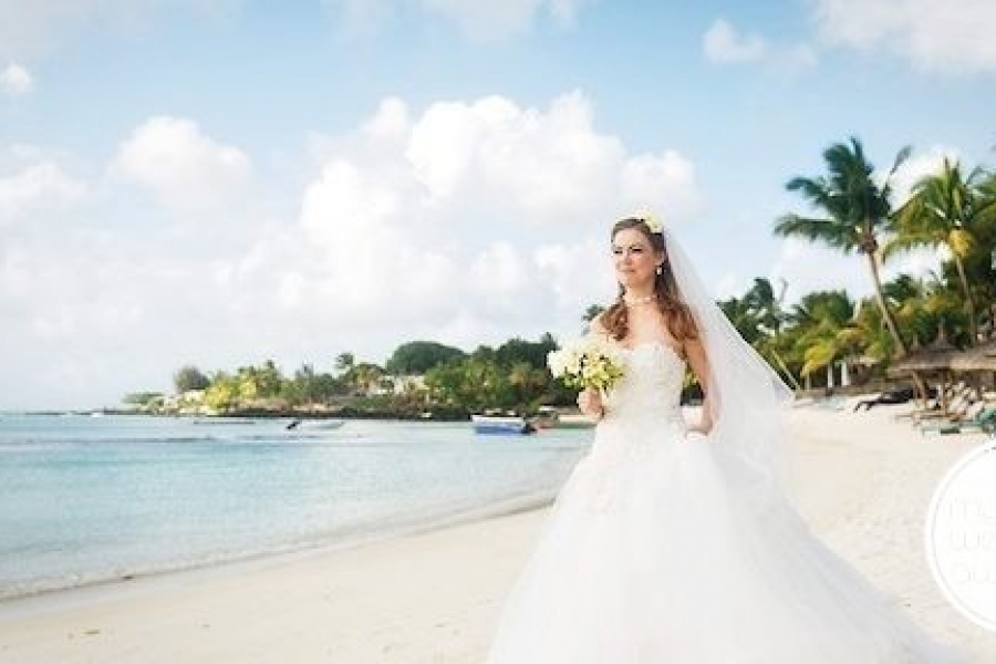 mauritius-wedding-caribbean-wedding-royal-palm-pinterest-570×288