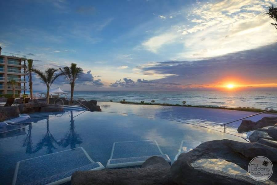 Hard Rock Hotel Cancun Sunrise