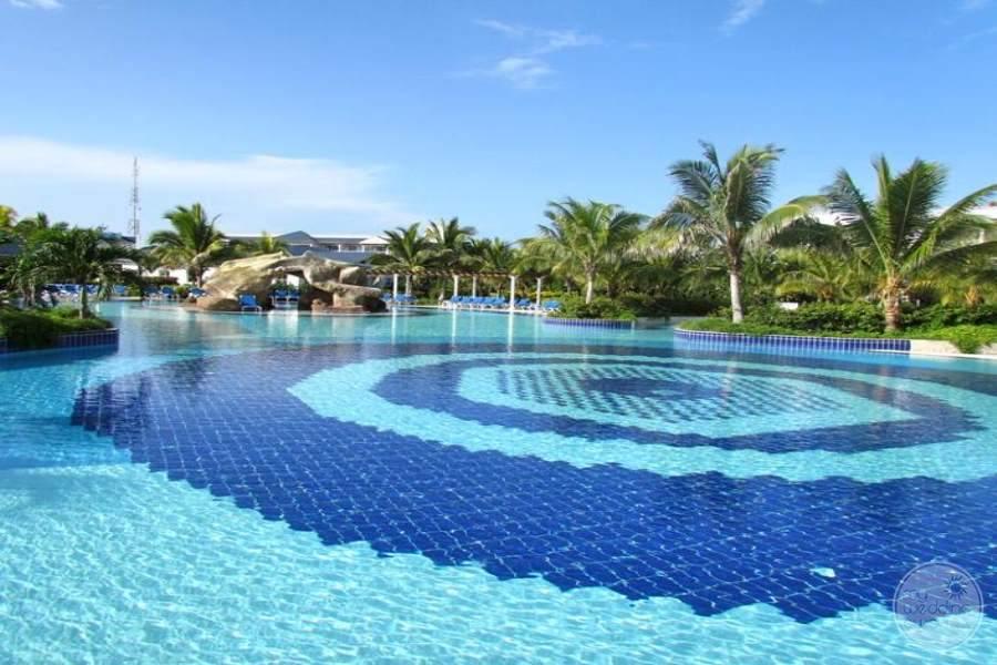 Husa Cayo Santa Maria Pool 2