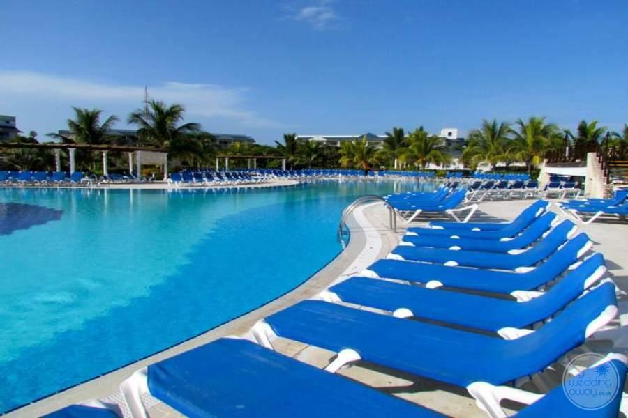 Husa Cayo Santa Maria Pool 3