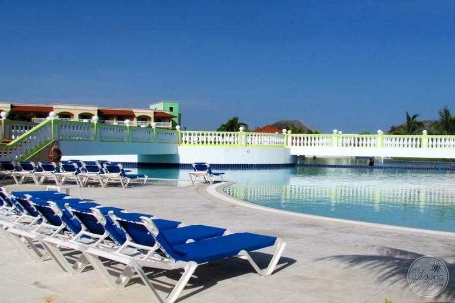 Husa Cayo Santa Maria Pool 5