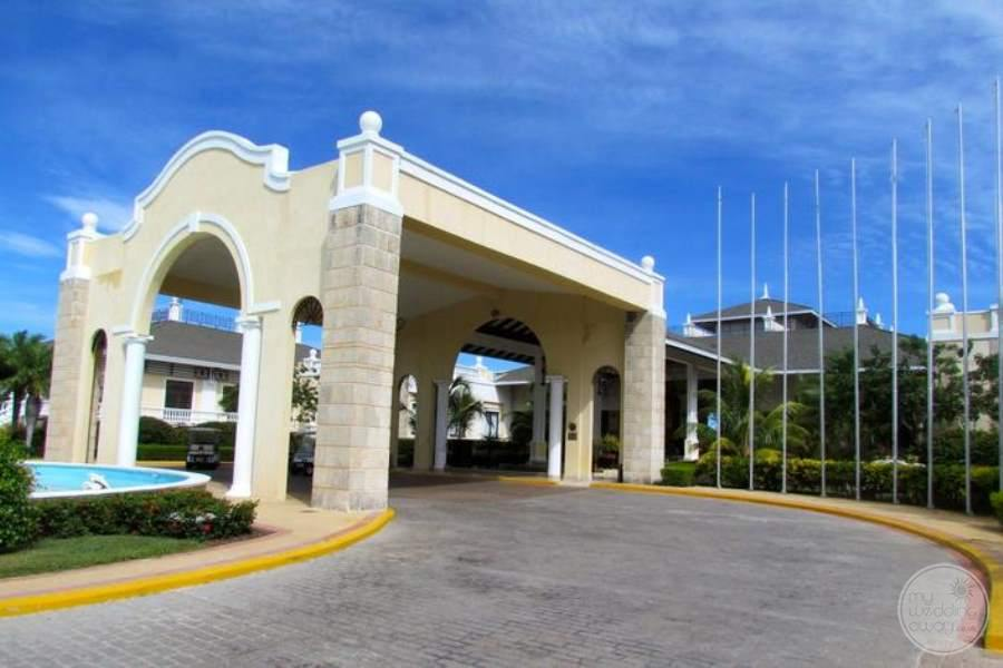 Iberostar Ensenachos Entrance