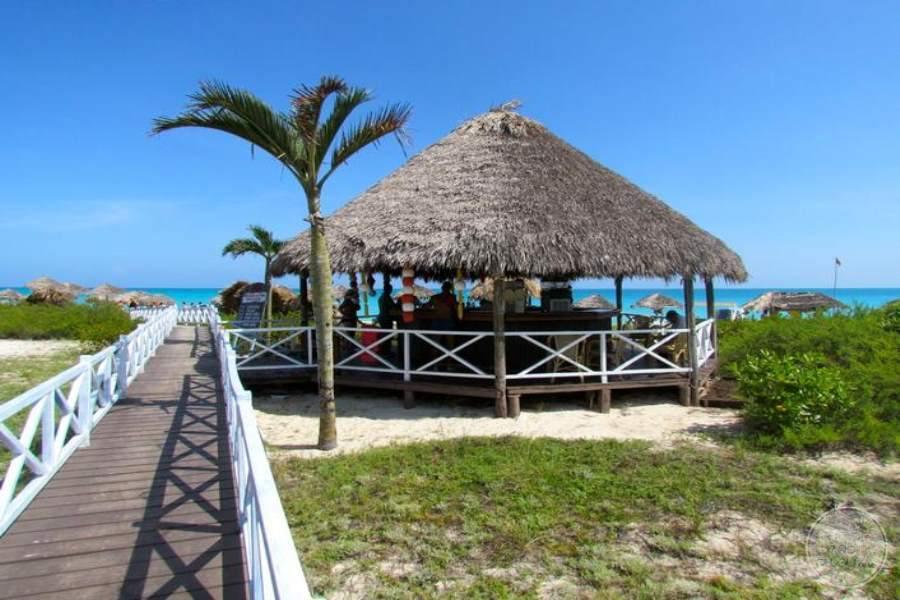 Melia Cayo Santa Maria Beach Bar