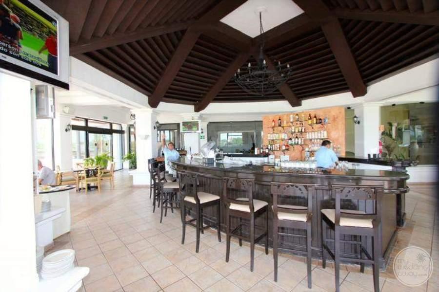 MoonPalaceGolf Villas Luxury Bar