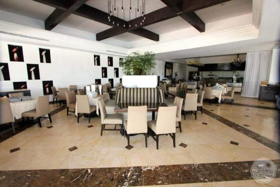 MoonPalaceGolf Villas Luxury Dining