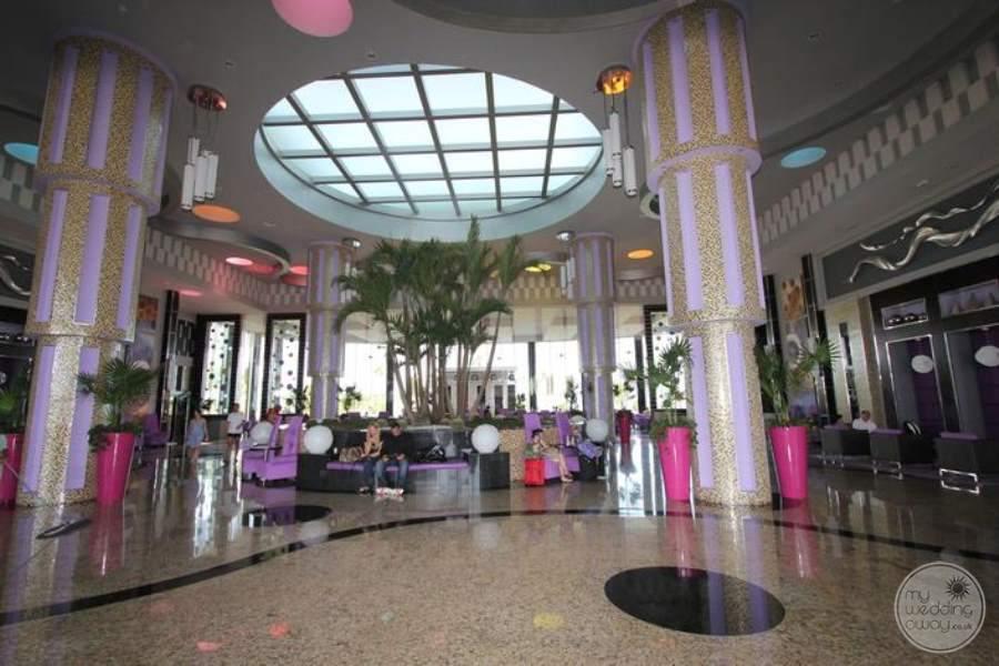 Riu Palace Peninsula Lobby