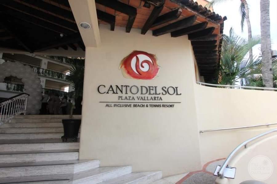 Canto Del Sol Entrance