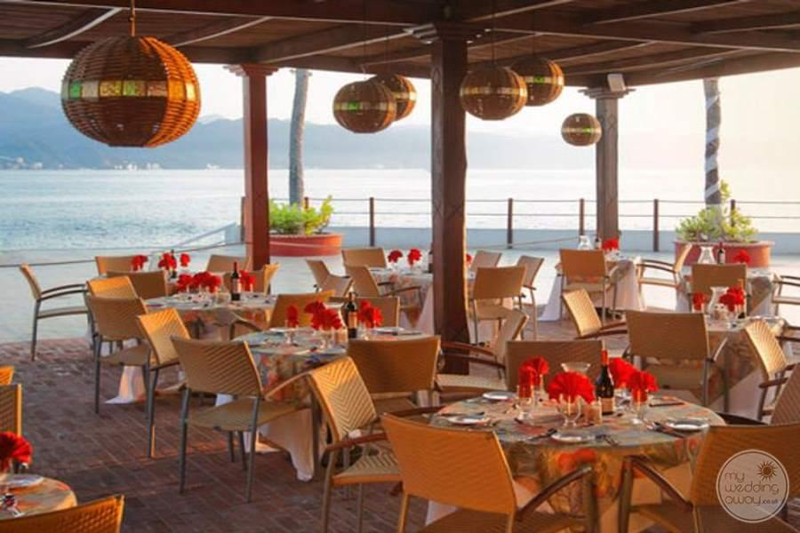 Melia Puerto Vallarta Beachfront Dining