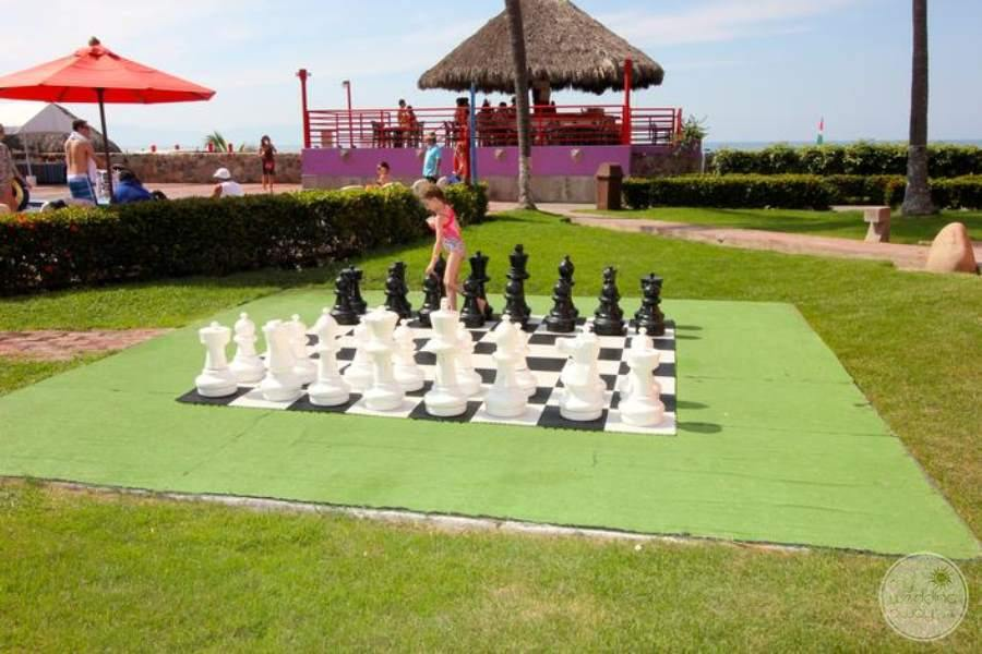 Royal Decameron Chess