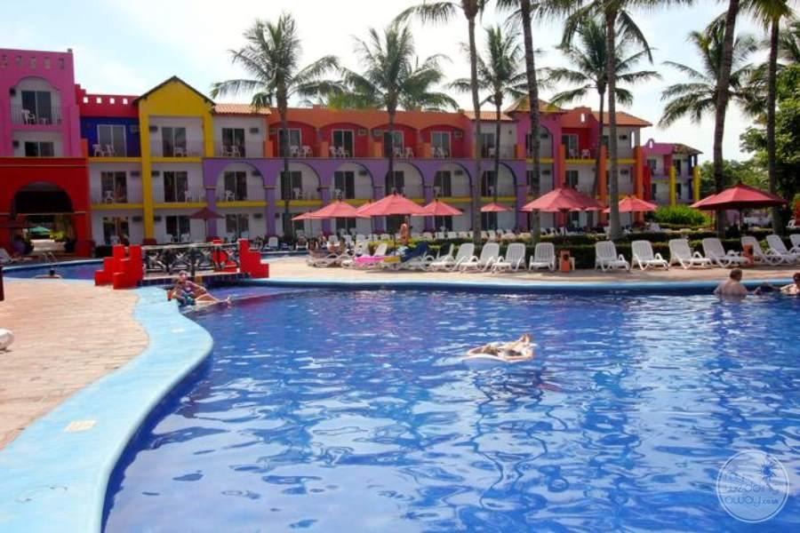 Royal Decameron Pool 2