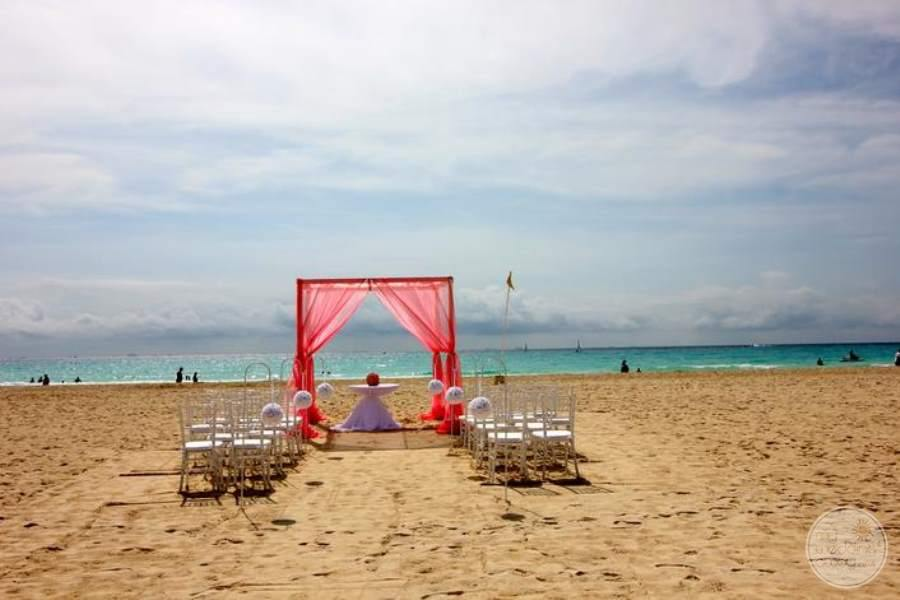 Allegro Playacar Beach Gazebo
