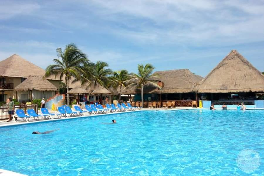 Allegro Playacar Pool 2