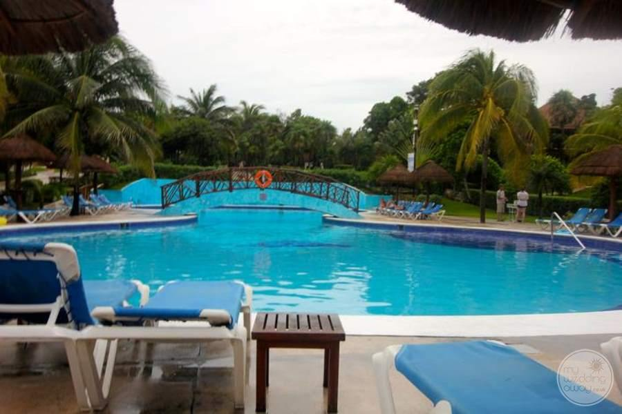 Allegro Playacar Pool