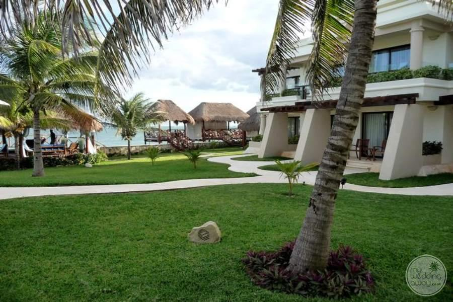 Azul-Beach-Hotel-Grounds-2