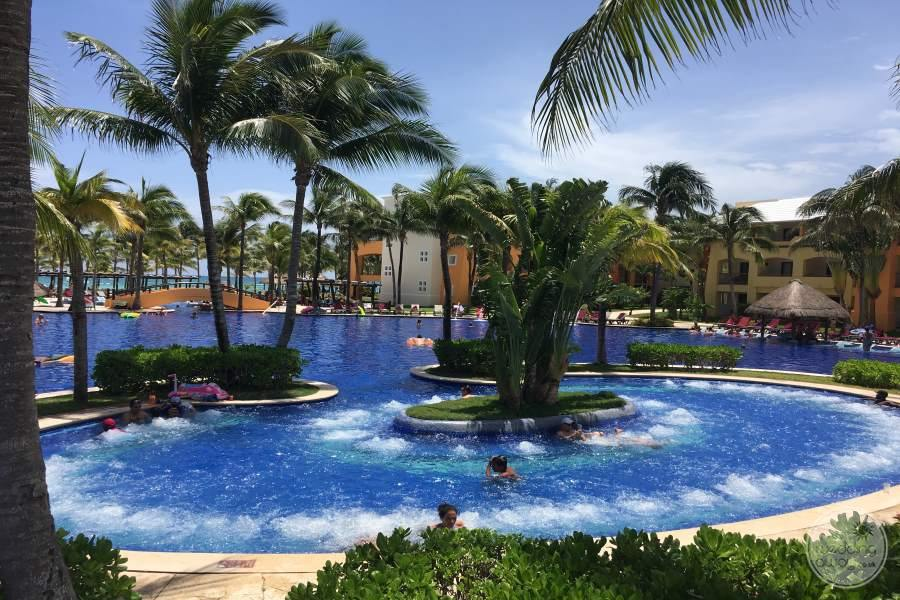 Barcelo Maya Tropical Jacuzzi