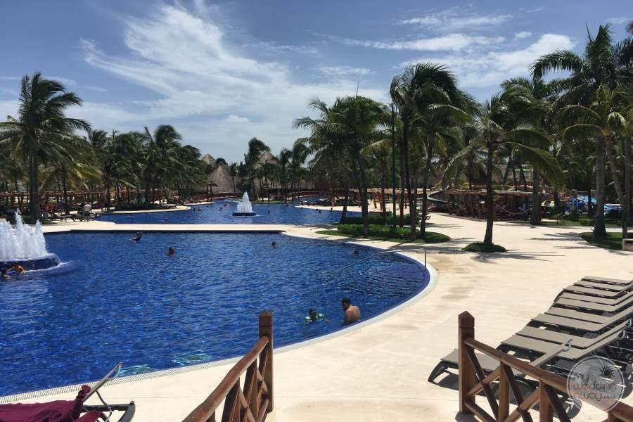 Barcelo Maya Tropical Pool 2