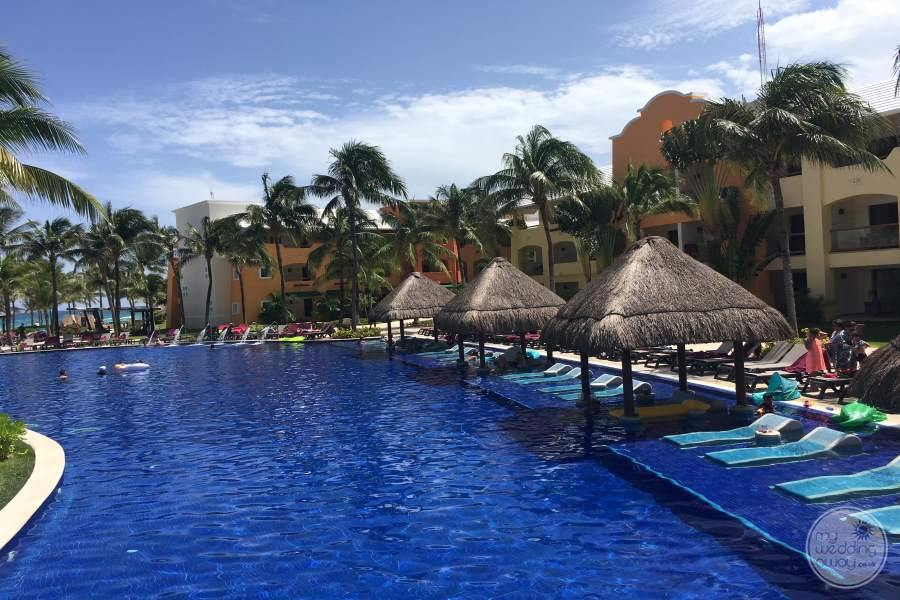 Barcelo Maya Tropical Pool Loungers
