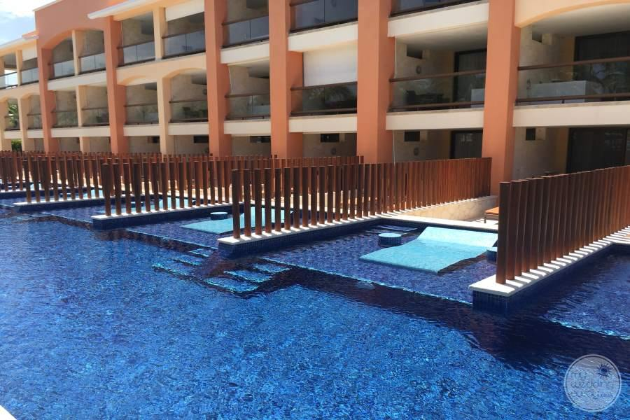 Barcelo Maya Tropical Swim-out Rooms