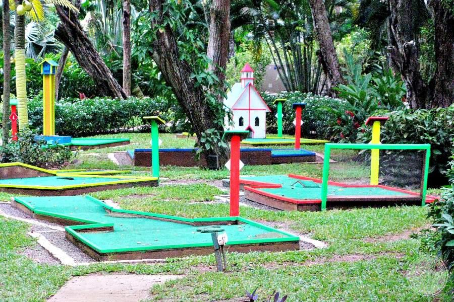 Beaches Negril Mini Putt