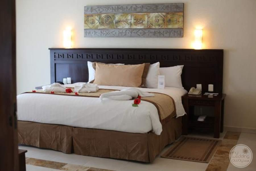 BlueBay Grand Esmeralda Luxury Bed