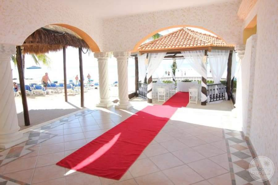 Grand Porto Real Wedding Gazebo 2