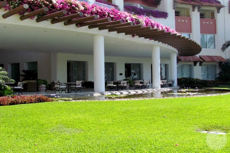 Grand Velas Riviera Nayarit Grounds 2
