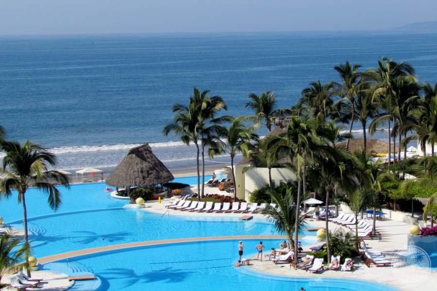 Grand Velas Riviera Nayarit Pool and Beach
