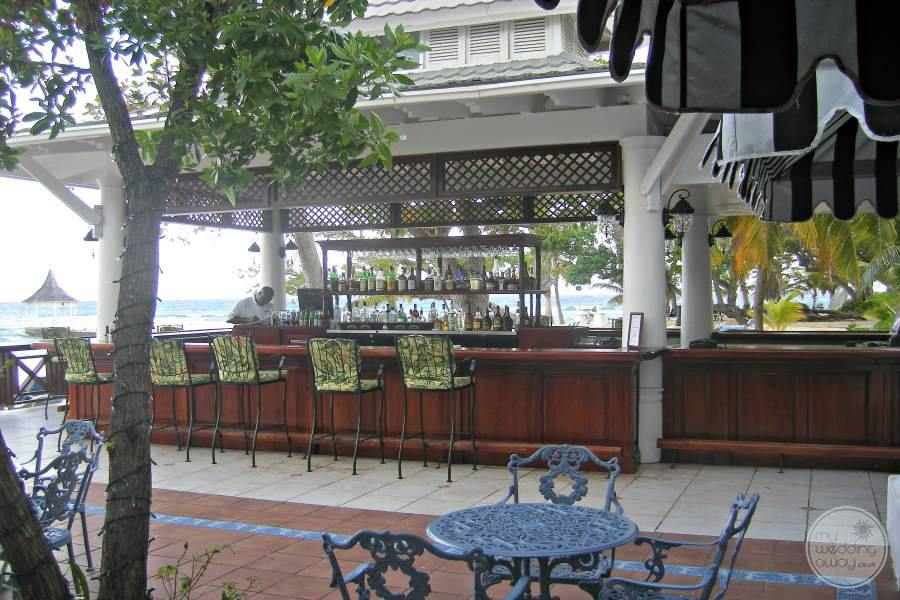 Half Moon Montego Bay Bar