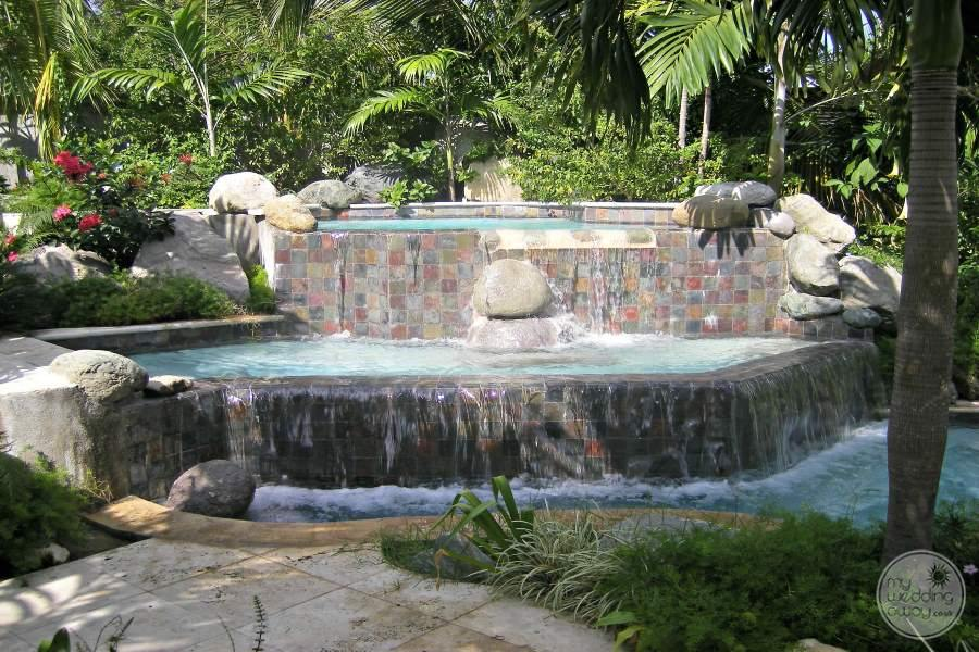 Half Moon Montego Bay Water Feature 2
