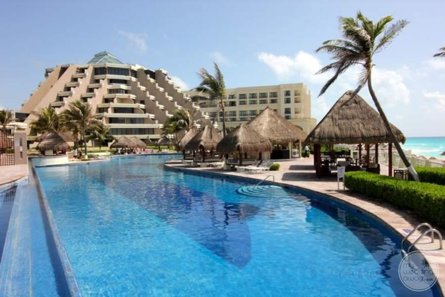 Paradisus Cancun Pool Resort View