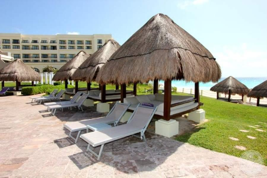 Paradisus Cancun Sun Beds and Lounge Chairs