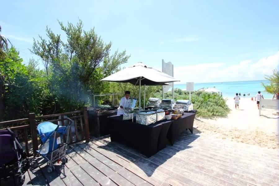 Paradisus La Esmeralda Beach Snack Bar