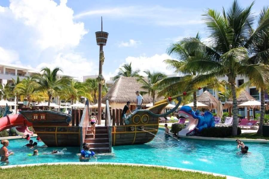 Paradisus La Esmeralda Fun Ship