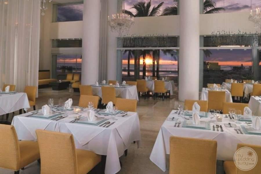 Playacar Palace Terraza Restaurant