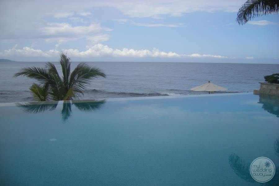Round Hill Hotel Villas Infinity Pool View