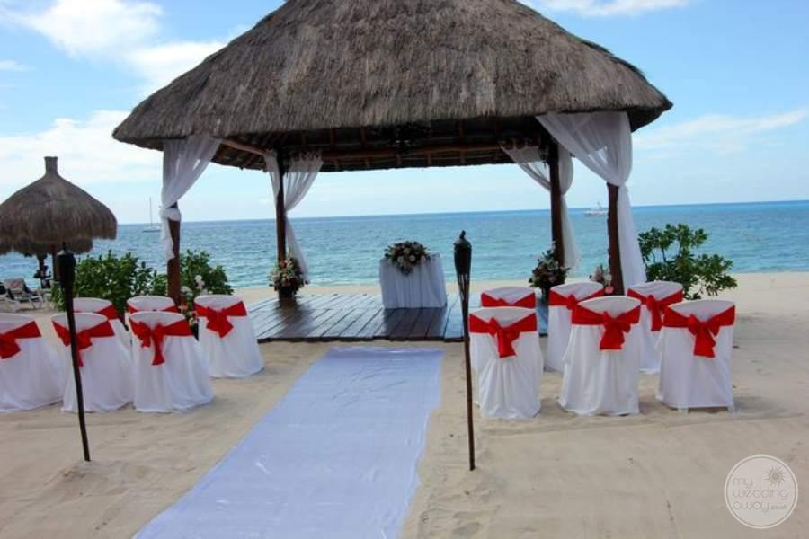 Royal Hideaway Beach Gazebo