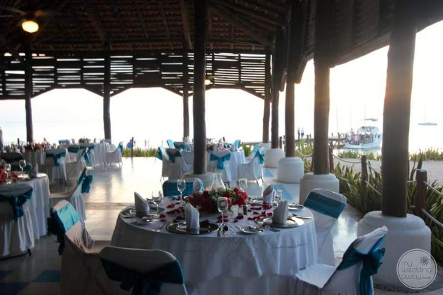 Royal Hideaway Beach View Reception