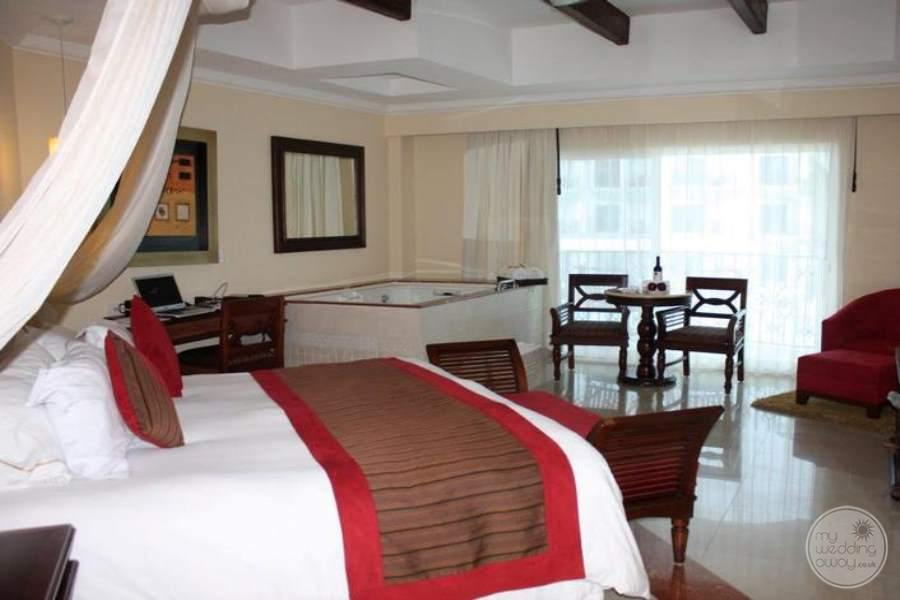 Royal Playa del Carmen Royal Junior Suite
