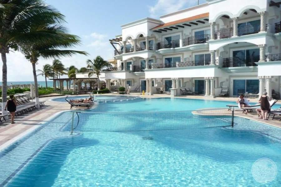 Royal Playa del Carmen Swim-out Rooms