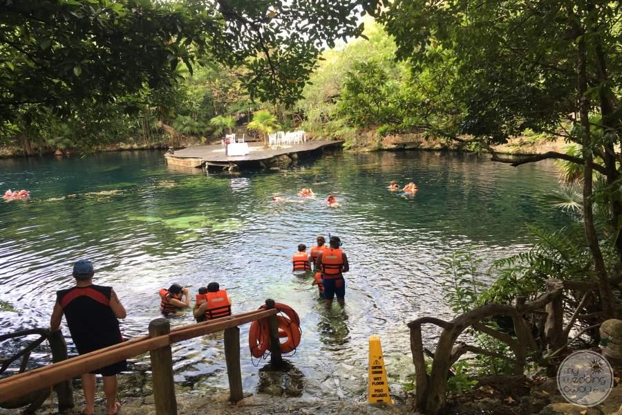 Sandos Caracol Cenote