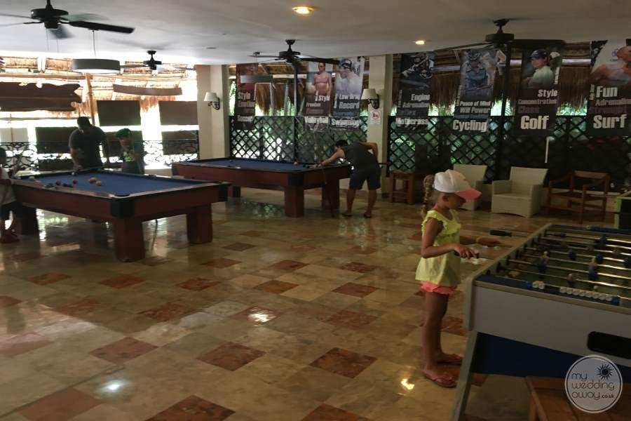 Sandos Caracol Games Room