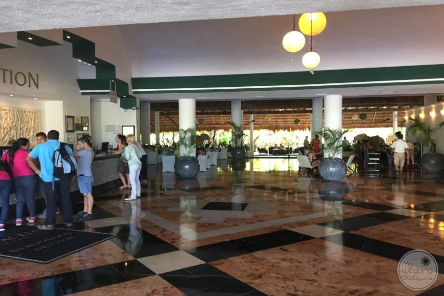 Sandos Caracol Lobby Area