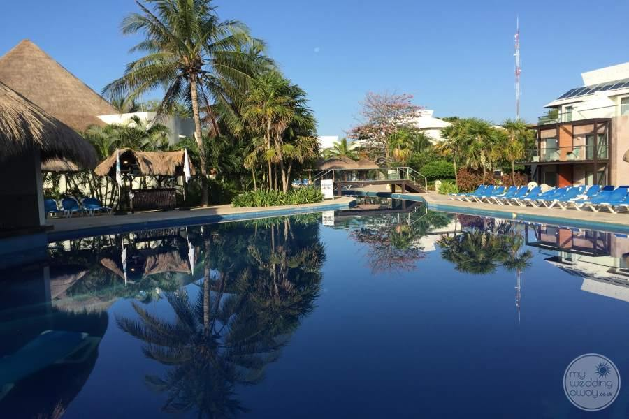 Sandos Caracol Pool Area