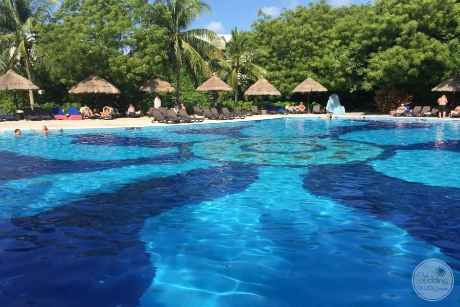 Sandos Caracol Pool