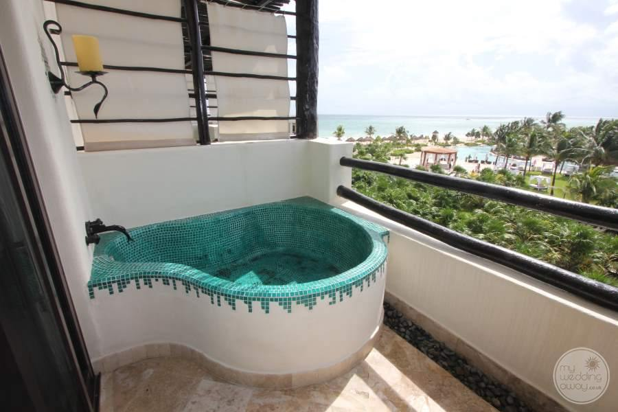 Secrets Maroma Outdoor Bath